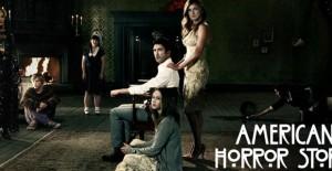 Poster banner de American Horror Story