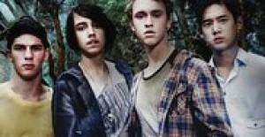 Poster banner de Nowhere Boys