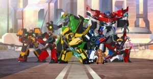 Poster banner de Transformers: Robots in Disguise